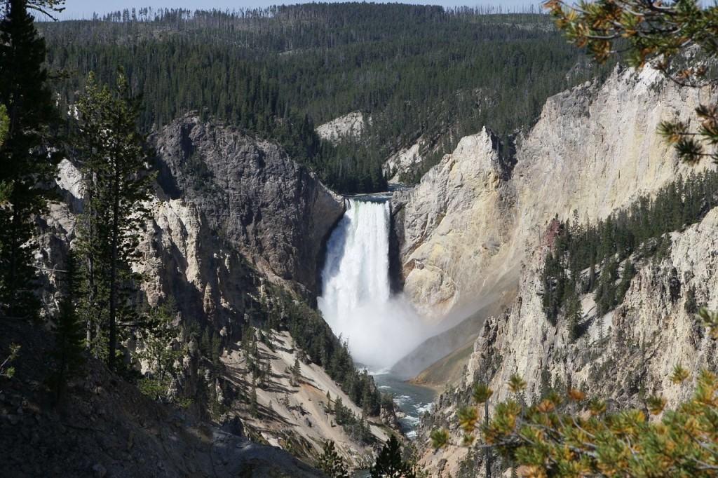 lower-falls-yellowstone